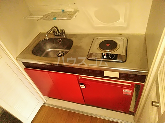 シルバーコーポ南林間 403号室のキッチン