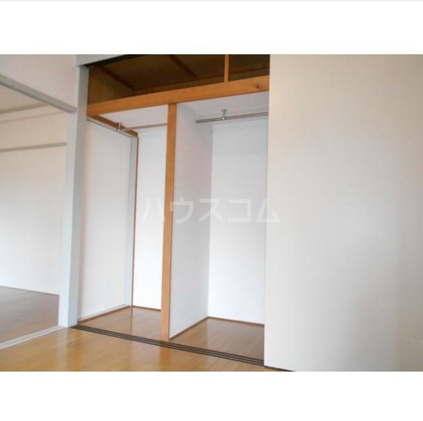 マコト第二ビル 203号室の収納
