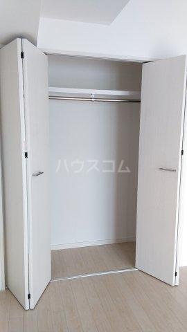 コスモ横浜蒔田 202号室の収納