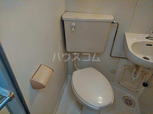 マリオン伊勢佐木北 803号室のトイレ
