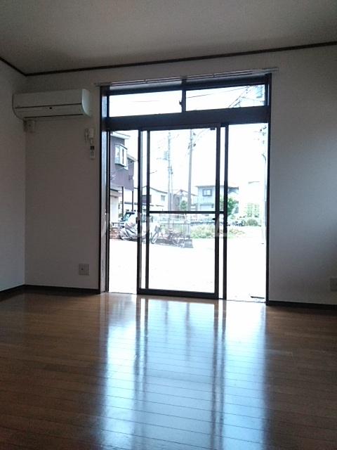 アドウィン 203号室の居室