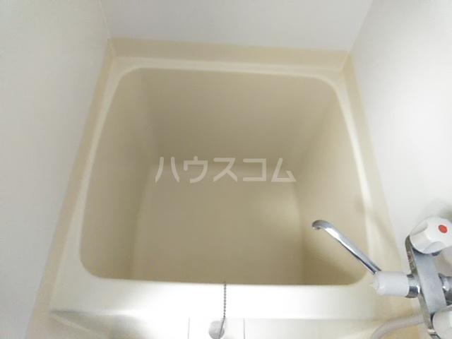 アドウィン 203号室の風呂