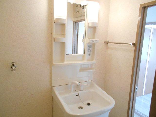 千代田マンション中村 303号室の洗面所