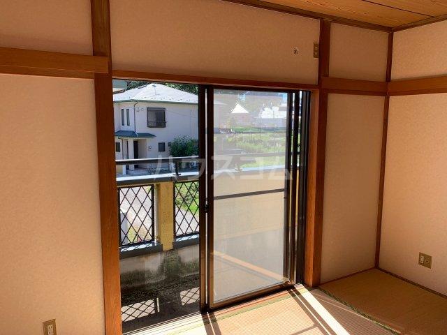 萩のテラスハウスの居室