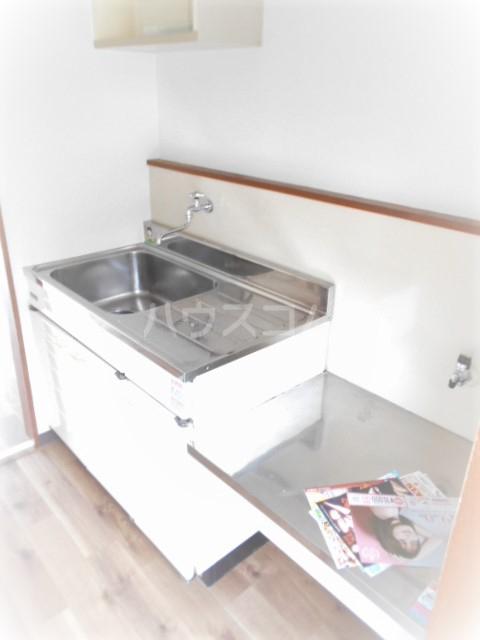 山荘村田 202号室のキッチン