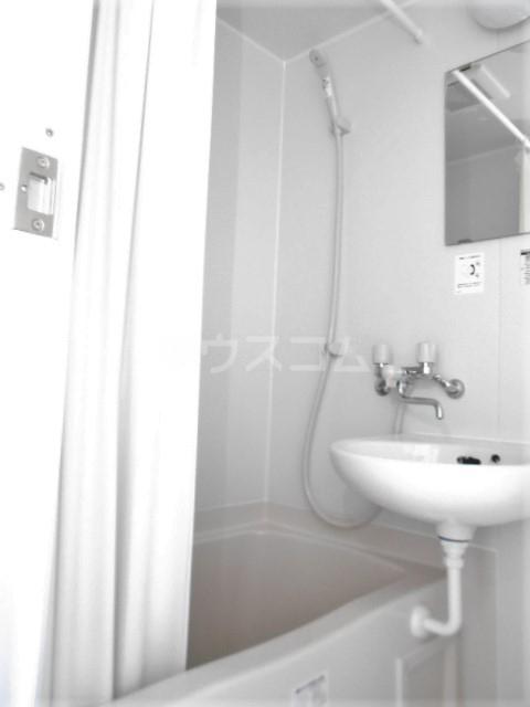 山荘村田 202号室の洗面所