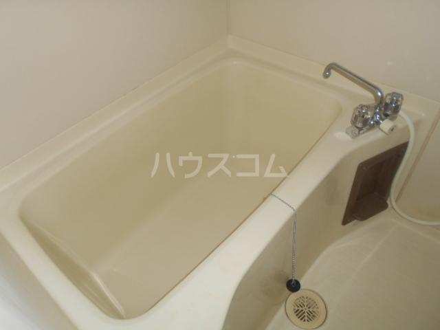 第21明智ビル 203号室の風呂