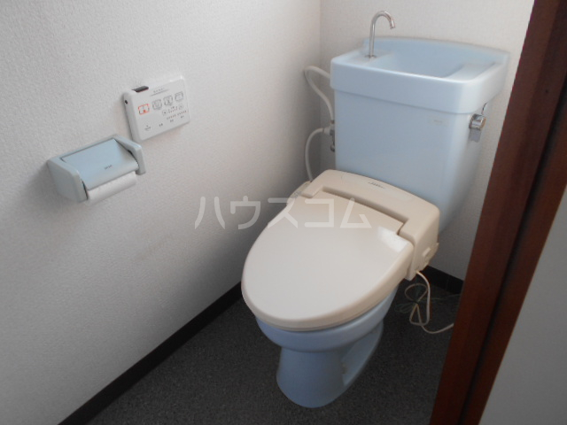 第21明智ビル 203号室のトイレ