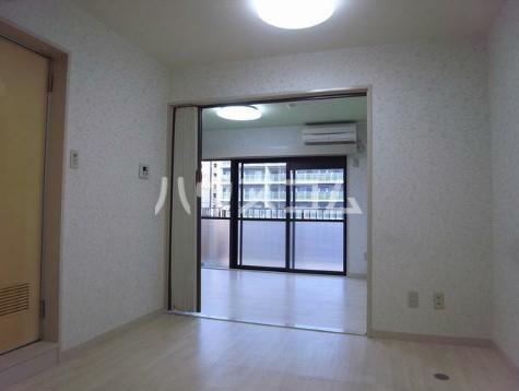 山野ビル 401号室のリビング