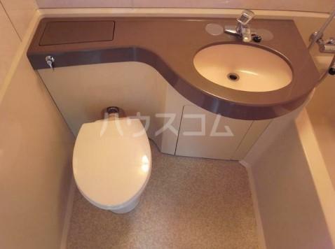山野ビル 401号室のトイレ