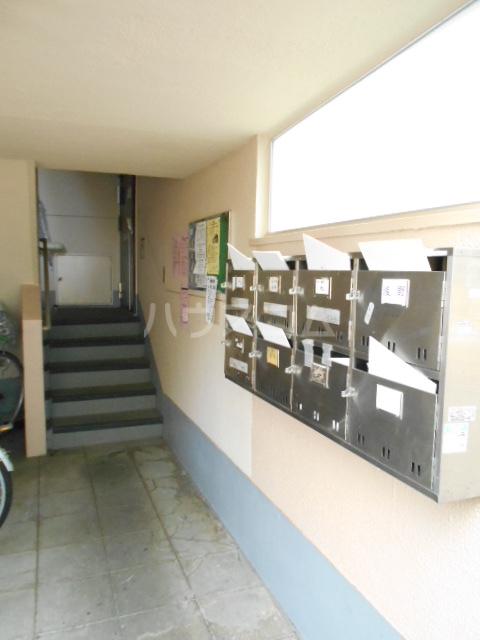 鶴川6丁目団地8-3号棟 B404号室のロビー