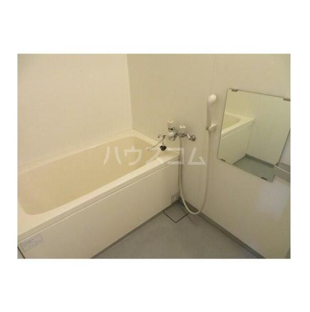 ル・グロワール 204号室の風呂