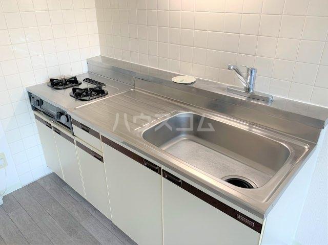 YMDⅢマンション 406号室のキッチン