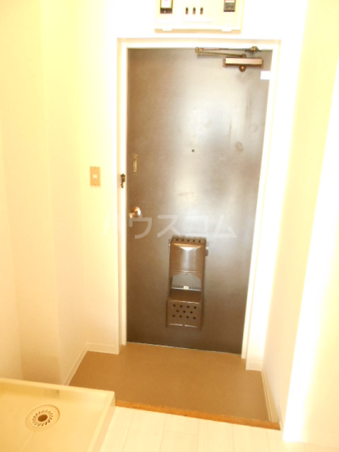 ASビル原町田 304号室の玄関