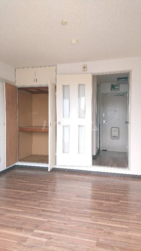 シティーユー中町Ⅱ 403号室のリビング
