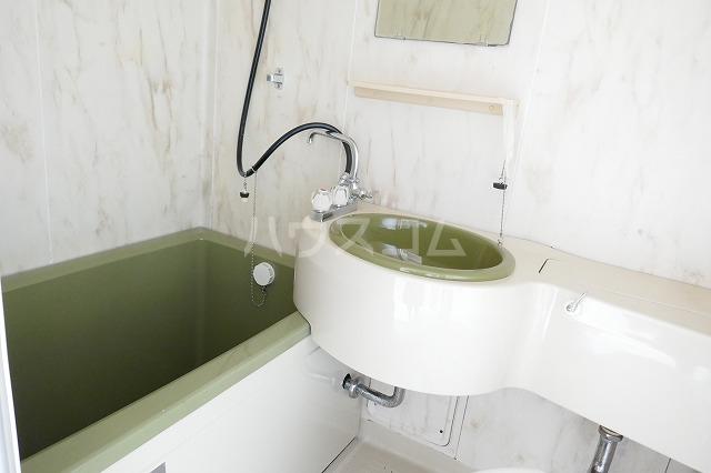 石原ハイツⅠ 101号室の風呂