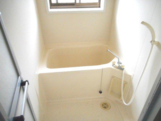 メゾン大塚A 201号室の風呂