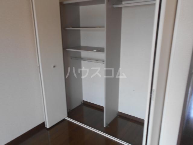 ベルグラン吉田C 2-D号室の収納