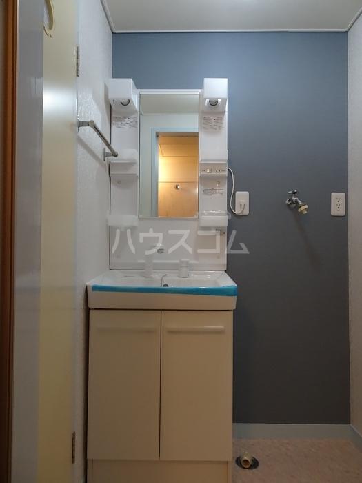 レジデンスときわ 106号室の洗面所