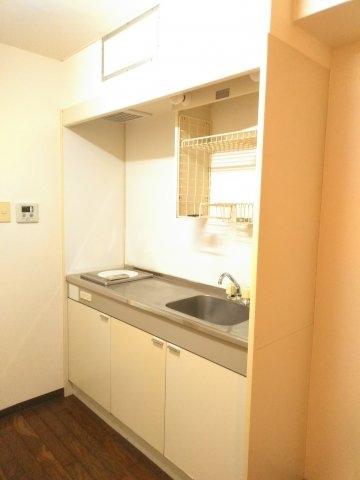 ウイング大和 104号室のキッチン
