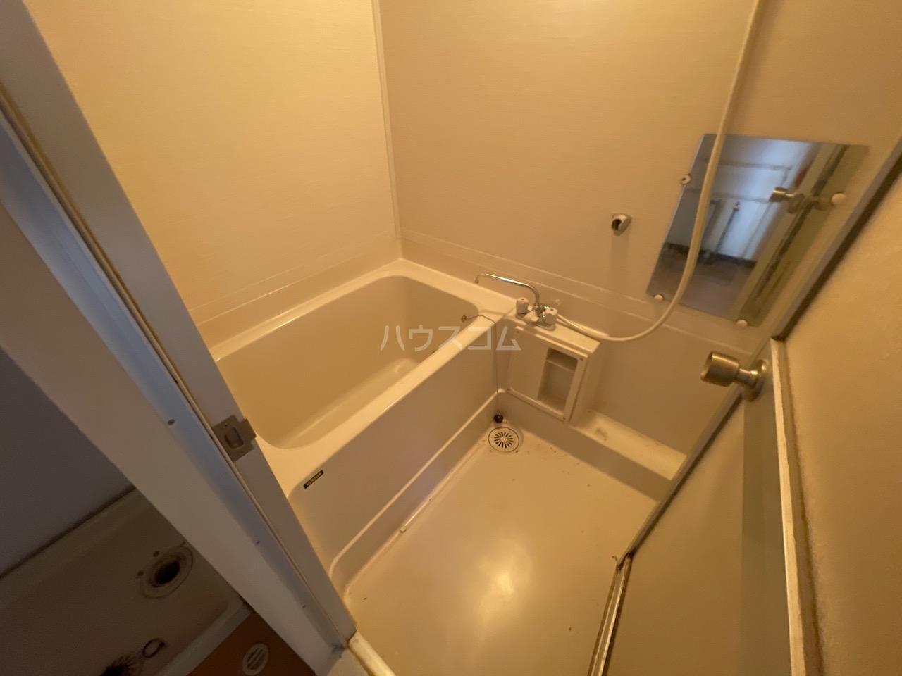 サンヒルズ東戸塚 A103号室の風呂