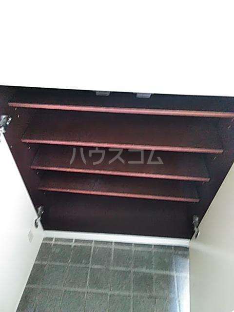 カペナウムハイツ成瀬 203号室の玄関