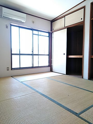 カペナウムハイツ成瀬 203号室の居室