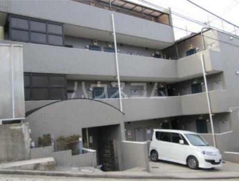 スカイコート横浜弘明寺 203号室のエントランス