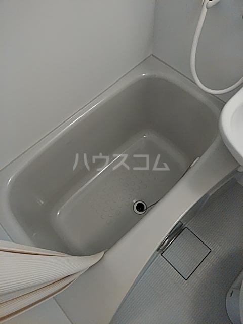 マツモトマンション南林間 302号室の風呂