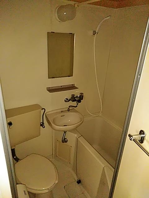 雅マンション大和 402号室の風呂