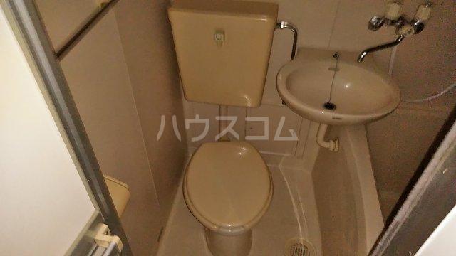 コーポ日野 103号室の洗面所