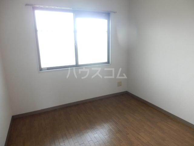 ユーマンション 2B号室の居室