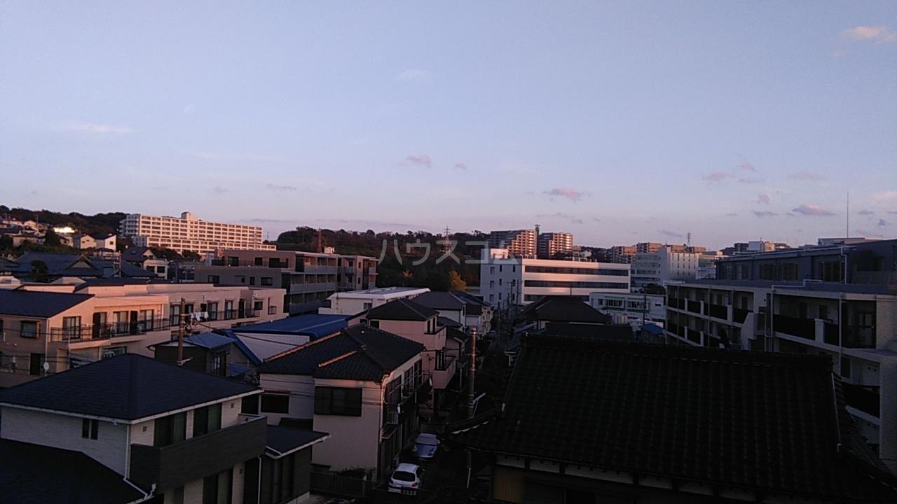 元町清水ビル 402号室の景色