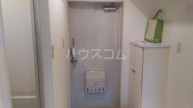 元町清水ビル 402号室の玄関