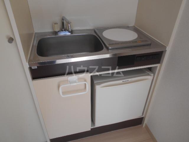 サテライトビル 201号室のキッチン