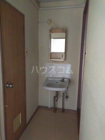 柿生サンハイツ 203号室の洗面所