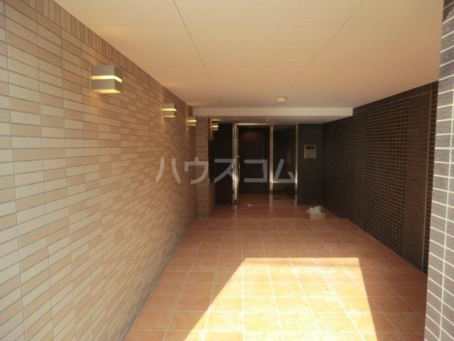 ルミエール 02050号室のエントランス