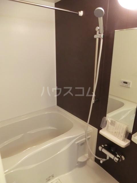 ルミエール 02050号室の風呂