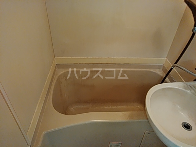 ツインコート 205号室の風呂