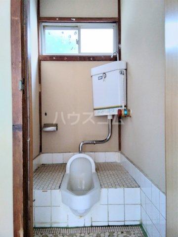 佐々木アパート 101号室のトイレ