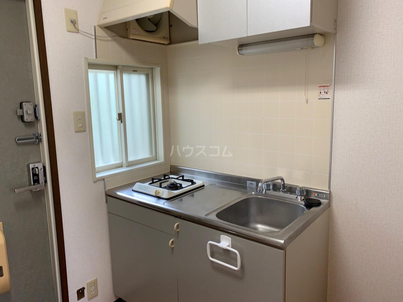 サニーコート伊藤 2-E号室のキッチン
