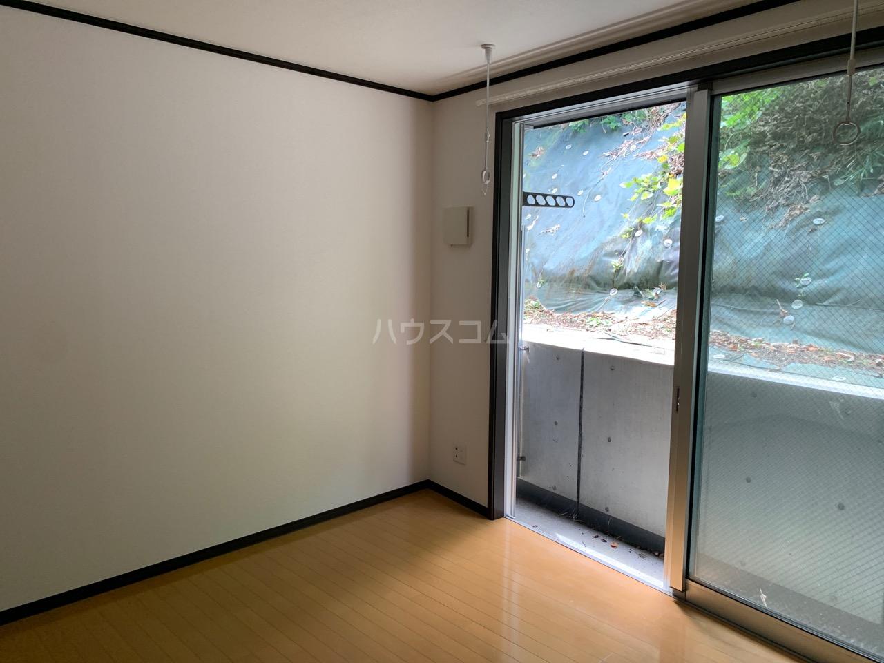 櫻 107号室のベッドルーム