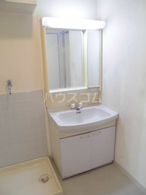 コンフォールタツミ 402号室の洗面所