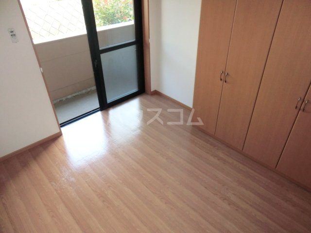 プルミエ 105号室の居室