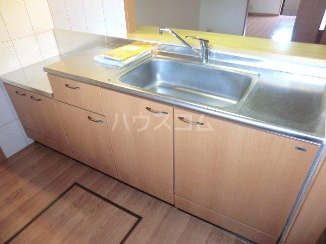 プルミエ 105号室のキッチン