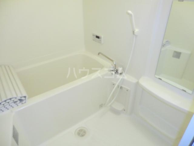 プルミエ 105号室の風呂