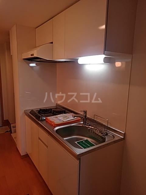 ひまわり 102号室のキッチン
