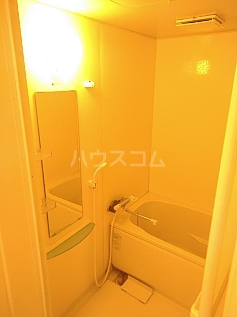 ひまわり 102号室の風呂