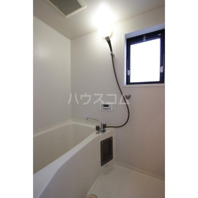 マリナスパジオ 102号室の風呂