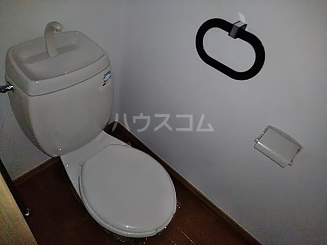 グリーンヴィレッジ 102号室のトイレ